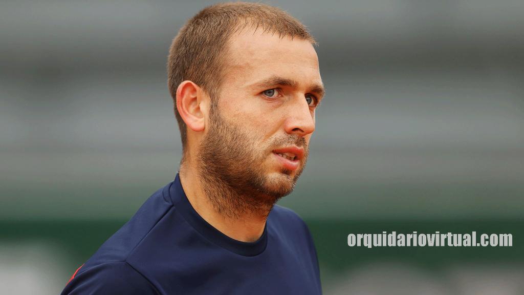 Dan Evans นักเทนนิสมือวางอันดับหนึ่งของประเทศอังกฤษจบการแข่งขันที่ 5 ด้วยการเอาชนะ Salvatore Caruso ผู้ผ่านเข้ารอบคัดเลือกของ